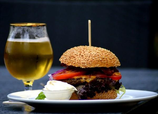 bier-und-essen-klein